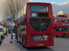Short but highly effective route to the Wandsworth harbour side. The 'C' tag is deceptive though. | Abellio London Enviro 400H ready to work the C3 to Earl's Court Tesco. (alexpeak24) Tags: enviro400h alexanderdennis hybrid earl'scourttesco claphamjunction c3 london abellio