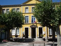 die (eric_diener) Tags: die fujifilmfinepixhs10 mairie wikipédia