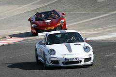 Porsche 997 GT3 RS 4.0 | McLaren 650S Spider (Clément Tainturier) Tags: lesgha 2018 les grandes heures de lautomobile circuit autodrome linas montlhéry porsche 911 997 gt3 rs 40 mclaren 650s spider