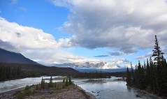 Beginning the ice road parkway (Rudi Verspoor) Tags: canada jasper alberta driving road trip clouds sky sun blue river water landscape nikon d7200 wide sigma wideangle 1020mm holiday scenery stunning nationalpark