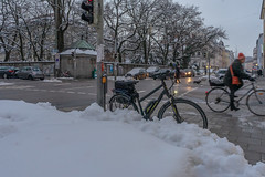 2019 Bike 180: Day 15, February 5 (suzanne~) Tags: 2019bike180 bike bicycle street car traffic snow city evening munich bavaria germany schwabing