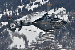 H135 helicopter landing at Courchevel mountain heliport, February 2019 (André Bour - Helico Passion) Tags: helicopter courchevel airbushelicopters h135 fgmhk ec135