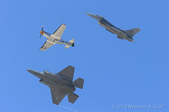 "USAF Heritage Flight: P-51D Mustang ""Wee Willy II"", F-16C Fighting Falcon, F-35A Lightning II (Norman Graf) Tags: majjohnrainwaters aircraft 115041 airplane heritageflight wingtipvortex wee willy ii airshow stevehinton aerobatics 2017huntingtonbeachairshow generaldynamics f35 f16c tacticaldemonstrationteam lockheedmartin majwilldrailandreotta p51 2017f16viperdemoteam f35a 2017f35aheritageflightteam f16 910398 p51d vapor northamerican"