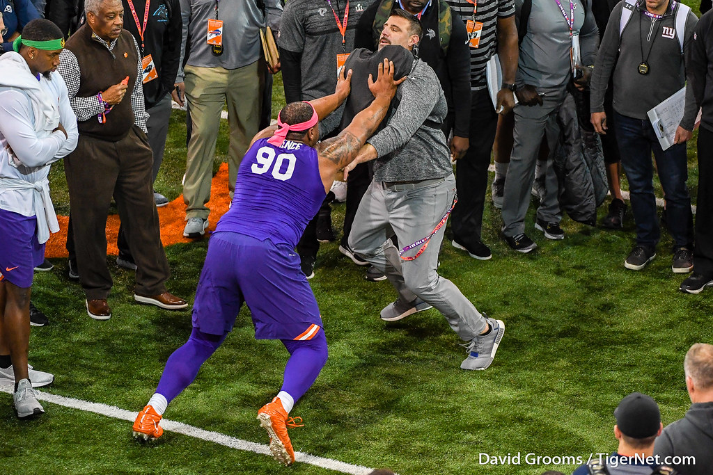 Clemson Photos: Dexter  Lawrence, 2019, Football