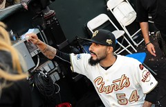 2014 #WorldSerieschampionship #ringceremony at #AtTPark on Saturday, April 18, 2015, in #SanFrancisco (Σταύρος) Tags: romo sergioromo kissthering majorleaguechampions mlb majorleaguebaseball majorleague sanfranciscogiants giants sfgiants baseball gigantes losgigantes attpark ballpark baseballstadium baseballteam baseballgame baseballfield baseballplayers sanfrancisco southbeach nikon nikond700 d700 greatseats expensiveseats greatview missionbay soma southofmarket chinabasin estadio stadium pastime giantswin worldchampions giantswon fieldclub fieldclubseats wearesf ringceremony kalifornien californië kalifornia καλιφόρνια カリフォルニア州 캘리포니아 주 cali californie california northerncalifornia カリフォルニア 加州 калифорния แคลิฟอร์เนีย norcal كاليفورنيا