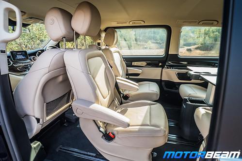 Mercedes-V-Class-16