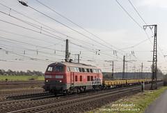 218 208 (JFH-Photo) Tags: 218 160 diesel duitsland deutschland wunstorf trein train zug bahn track rail goederen güter