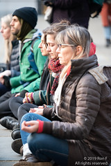 Extinction Rebellion Meditation - 14 April 2019 (The Weekly Bull) Tags: blessing ceremony christian climate climatechange extinctionrebellion globalwarming meditation muslim pagan stpauls xr