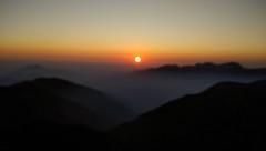 Over the Clouds Dream (roshan41182) Tags: roshan roshan41182 mobile xiaomi hehuanshan hehuan taiwan hualien peak sunset cold longdrive clouds scenic landscape hills