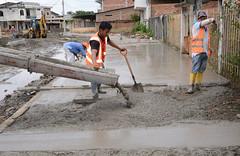Mejoramiento vial llena de alegría a habitantes de La Alborada (GadChoneEC) Tags: mejoramiento vial llena alegría habitantes alborada