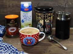 Heute gibt es Cappuccino (ingrid eulenfan) Tags: 2019 kaffeepause pausecafé coffebreak 365project kaffee espresso cappuccino cup coffeepot tasse coffee coffeetogo smileonsaturday kitchtoolia küchenutensilien milchaufschäumer milch kakao