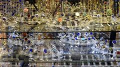 Artesanato em Pomaire, Chile: anéis (Parchen) Tags: artesanato artesania anéis vitrine jóias semijóias enfeites acessórios pomaire chile foto fotografia imagem registro parchen carlosparchen