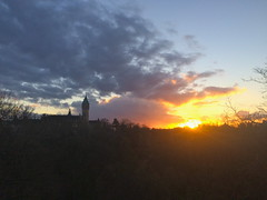Sunset in Luxembourg-City (godran25) Tags: europe europa luxembourg luxemburg lumière sunset coucherdesoleil tour tower turm sun clouds sky ciel
