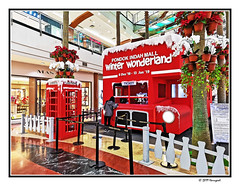 winter environment in south jakarta (harrypwt) Tags: harrypwt huaweip20 p20 smartphone borders framed red pim2 phonebox street