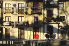 Warm light, cold day #portugal #porto #street #t3mujinpack (t3mujin) Tags: building street urban architecture porto theme window city clerigos oporto portugal couple dourolitoral europe people facade t3mujinpack