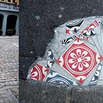 Mosaic on pavement by Ememem [Lyon, France] thumbnail