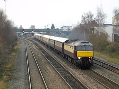 "57601 ""Windsor Castle"" at Burton-on-Trent (The Walsall Spotter) Tags: derbystreeteast burtonontrent class57 windsor castle northernbelle emptycoachingstock 57601 railtour diesel locomotive"