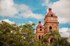 Santa Cruz de la Sierra (joseparadaphoto) Tags: plaza santacruz bolivia catedral cielo turismo iglesia