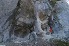 Abri sous roche remarquable - Falaises forêt de Fertans - Nans Sous Sainte Anne (francky25) Tags: abri sous roche remarquable falaises forêt de fertans nans sainte anne franchecomté doubs