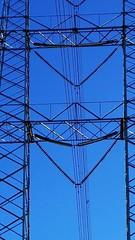 Blue Power Sky (feldweg2008) Tags: stromtrasse gitter sky himmel linemen schön power trassen freileitung gittersteigen klettern arbeit monteur linelife awesome strommasten category areal latticeclimbing gittermast montage energieversorgung