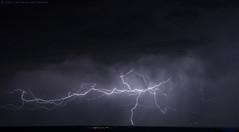 2019.03.30 - 202952 (NIKON D7200) [São Pedro - Portel] (Nuno F. C. Batista) Tags: nuvens évora portugal lusoskies lightning relâmpago thunderstorm trovoada storm night sky nikon severe weather storms photography skies portuguese meteorology cumulunimbus d7200 céu alentejo portel sãopedro
