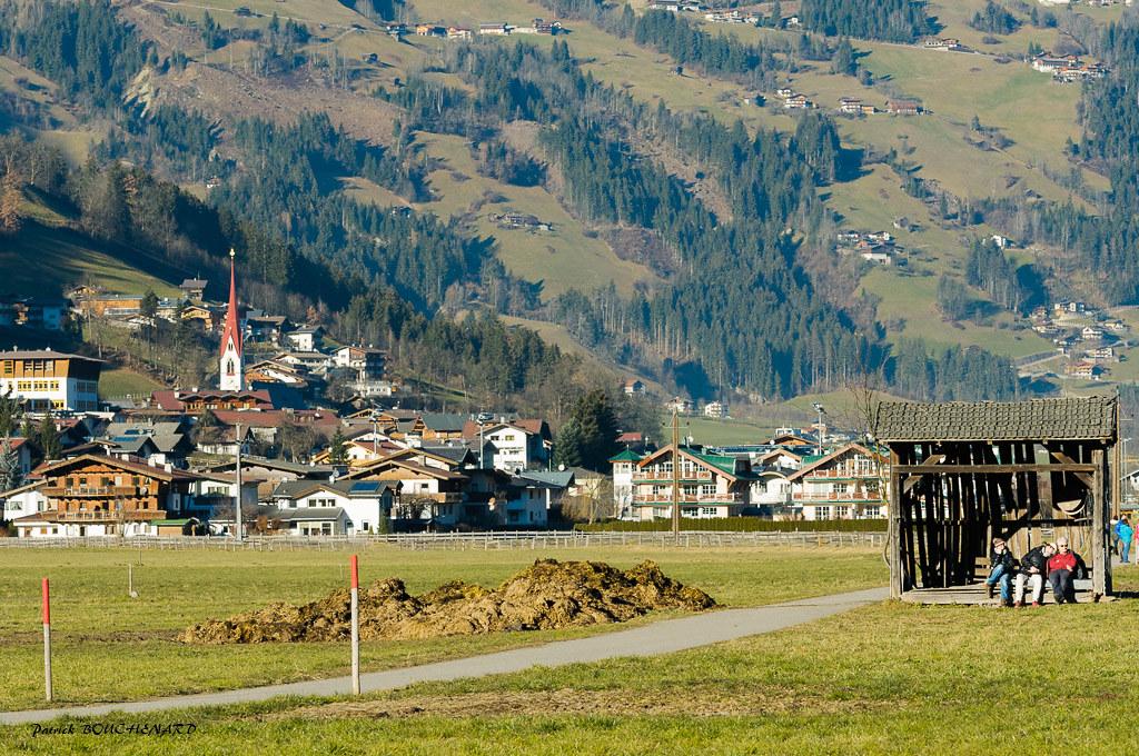 vacances au tyrol Vacances au soleil (patoche21) Tags: autriche europe paysage photographie  rue rural tyrol village