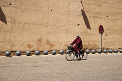 Cycling (Manuel Goncalves) Tags: marrakesh morocco bycicle nikond610 nikkor2485mmf284 street africa