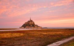 Sunrise at Mont Saint Michel (Valdy71) Tags: mont saint michel france francia sunrise alba color travel nikon valdy normandie normandy landscape