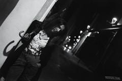 Angélique (1) - Gap - Mars 2019 (Le Rêvellateur) Tags: canon eos 6d eos6d pleinformat fullframe canon2470f4 paca hautesalpes gap people modèle femme woman portrait angélique shooting extérieur outside ville city rue street ombre shadow lumière light nuit night skancheli noiretblanc blackandwhite monochrome