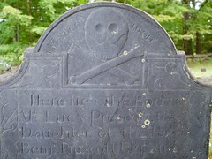 Lucy Prescott (Pak T) Tags: cemetery crossbones grave graveyard groton headstone lucy massachusetts mementomori oldburyingground prescott skull skullcrossbones skullandcrossbones