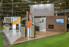 stand RAVELLI BEPOSITIVE 2019 (stand_gl_events) Tags: stand standiste ravelli menuiserie italie eurexpo gl flamexpo 2019 lyon lumineux février