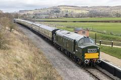 D6948 at Hayles Abbey Halt 29.12.2018 (Wolfie2man) Tags: tractor growler haylesabbeyhalt brgreen englishelectric christmascracker d6948 37248 gloucestershirewarwickshirerailway class37