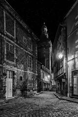 Moulins (JG Photographies) Tags: france french auvergne allier moulins noiretblanc nocturne jacquemart moyenâge jgphotographies canon7dmarkii
