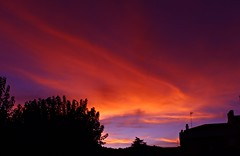 Capricho del cielo!! (portalealba) Tags: cómpeta axarquía málaga andalucía españa spain sunset atardecer nubes nwn portalealba canon eos1300d