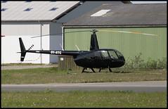 OY-HTC - Roskilde (RKE) 10.05.2009 (Jakob_DK) Tags: r44 r44ravenii robinson robinsonhelicoptercompany robinson44 robinsonr44 robinsonr44ravenii ekrk rke roskildelufthavn roskildeairport copenhagenroskildeairport 2009 oyhtc