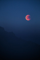 Blood Moon (bjorns_photography) Tags: nature blood moon moonlight red blue clear