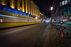 Berlin bei Nacht (heiko bo) Tags: heikobo berlin city tram nacht nachtleben grosstadtbeinacht lichtstimmung gelb lichterdernacht friedrichstrase
