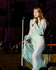 Florence and the Machine 12/09/2018 #4 (jus10h) Tags: florence welch themachine florenceandthemachine theforum forum inglewood losangeles california live music concert festival fest kroq almost acoustic christmas sunday december 9 2018 justinhiguchi sony dscrx10 dscrx10m3