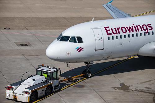Düsseldorf Airport: Eurowings Airbus A320-214 A320 D-ABNK