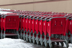 23/365 On Target (OhWowMan) Tags: shoppingcarts ontarget ohwowman nikon d3300 acdseepro9 365the2019edition 3652019 day23365 23jan19 red 365project my2019challenge animageaday dailyphotography outdoors outside nikkor fun