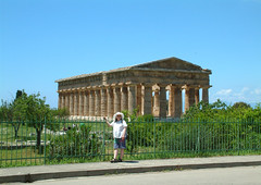 Paestum (John Steam) Tags: italy italien kampanien campania paestum poseidonia 500bc poseidon tempel 2004 renata