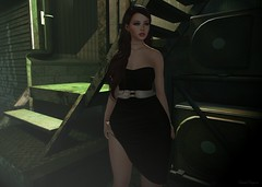 She 👗 (ღ Sɑrɑɑh Drɑgoone ღ) Tags: cute girl woman sexy love gorgeous black green belt hair genus maitreya secondlife photo pic game bentoav dress shop outfit