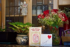 Love you! (ineedathis, Everyday I get up, it's a great day!) Tags: roses babiesbreath red white vase love kitchen counter succulents africanviolet granite cabinets leadedglass angel bouquet greetingcards valentinesday nikond750