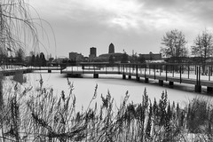 Winter Skyline - Set 7 - 19/100 X (mfhiatt) Tags: dscf25850119jpg 100xthe2019edition 100x2019 image19100 workthescene blackandwhite desmoines iowa urban downtown skyline