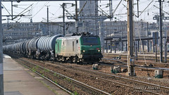 BB 27093, Amiens - 17/04/2010 (Thierry Martel) Tags: bb27000 locomotiveélectrique sncf amiens