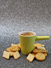 2019 Sydney: Coffee + Crackers (dominotic) Tags: 2019 coffee biscuits minicrackers coffeeobsession greenespressocup green food drink foodphotography circle yᑌᗰᗰy sydney australia