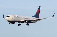 N3752 - 3/10/19 (nstampede002) Tags: delta deltaairlines boeing boeing737 boeing737800 b737 b737800 737 737800 landing katl aviationphotography airliner commercialaviation