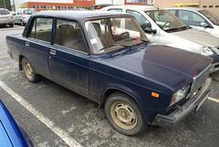1988 Lada 2107 1300 (FromKG) Tags: lada vaz 2107 1300 blue car kragujevac serbia 2019