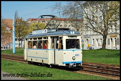 801-2010-04-24-2-Uferstraße (steffenhege) Tags: chemnitz cvag tram tramway strasenbahn streetcar historischertriebwagen lowa lowawagen 801