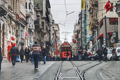 Taksim - Istanbul #street_photography #street #photo_art #photooftheday #photo #flickr #explore #pic #photography #people #explore #turkey #taksim #istanbul #perspective #shadow (salam.jana) Tags: streetphotography street photoart photooftheday photo flickr explore pic photography people turkey taksim istanbul perspective shadow